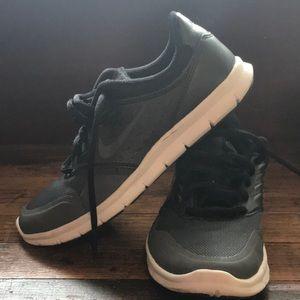 Size 6 Nike